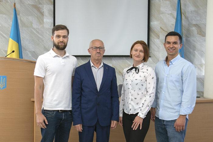 Навчальний ІТ центр DAN. IT education підписав меморандум про співробітництво з дніпровськими вишами - фото №2